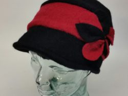 Canadian Hat wool black and red touque