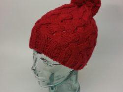 D&Y knit beenie with pom pom.